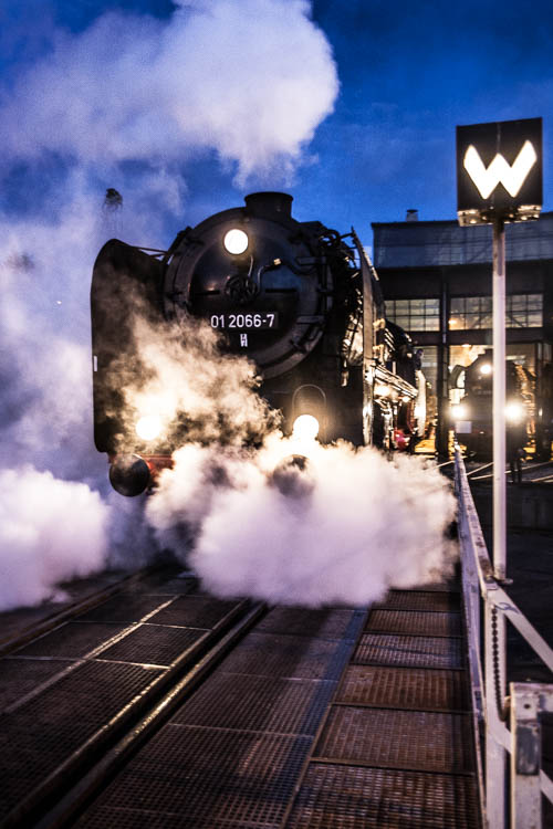 Schnellzugdampflokomotive 01 2066